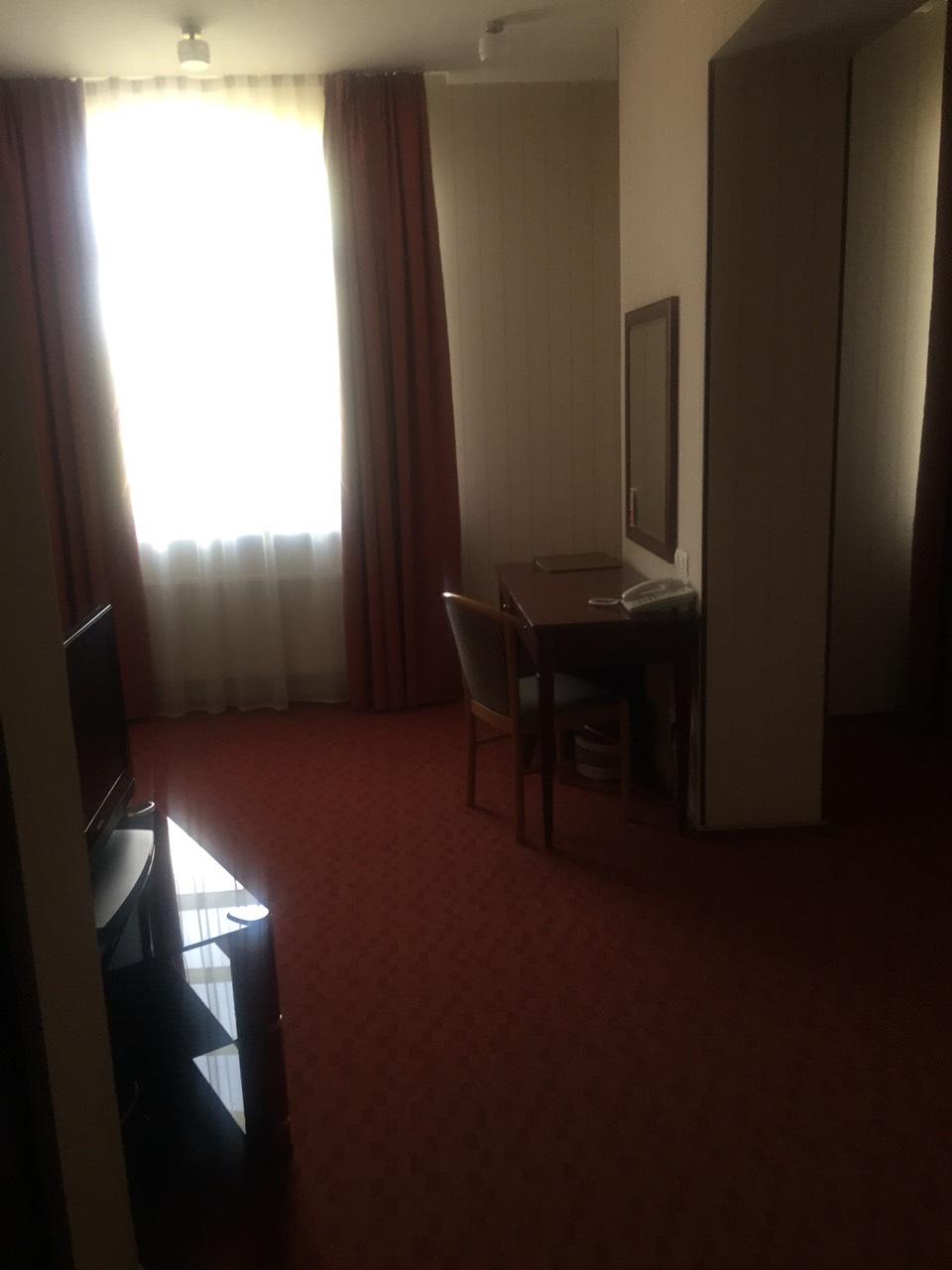 Нежитлове приміщення готелю за адресою: м. Харків, вул. Примерівська, 23. Площа приміщення 1672,00 кв м.