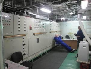 """Майнові права на стоянкове судно """"Готель Баккара"""", регістровий № 2-305849, дата побудови 2007 рік, судно (стоянкове) швартування на р. Дніпро у районі Північно-західної частини Венеціанського острову, м. Київ та сервер System p570 8xPOWER6 з монтажно-інсталяційними роботами, інвентарний номер 51338"""